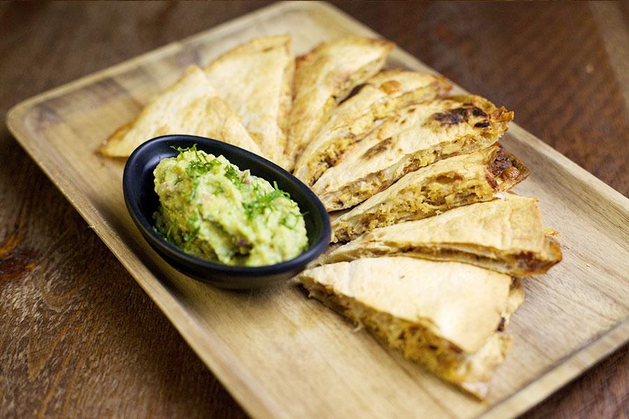 quesadilla de pollo corral restaurante pasapan