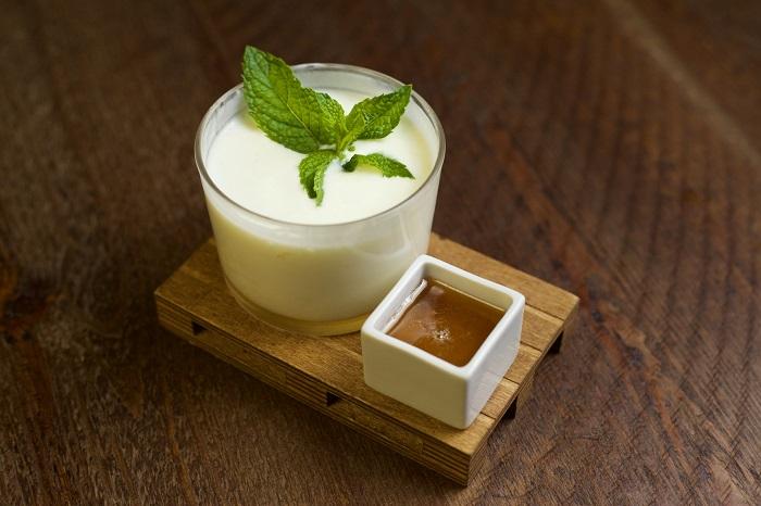 Crema de yogur con miel